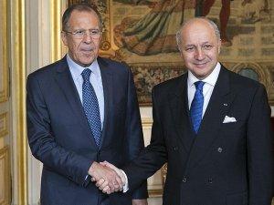 Lavrov ve Fabius Suriye'yi görüştü