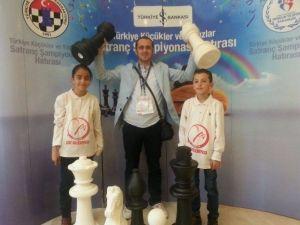 Türkiye Küçükler Ve Yıldızlar Satranç Şampiyonası'nda Çat Rüzgarı Esti