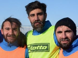 Bb Erzurumsporlu Futbolcular 'Buz' Kesti