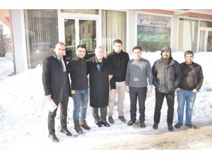 Prof. Dr. Gezgin Gazetecileri Ziyaret Etti
