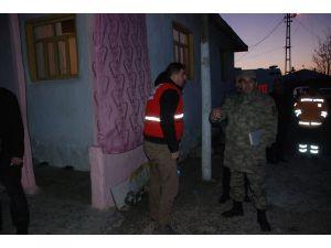 Uzman Çavuş Osman Ateş'in Tokat'ta ki baba ocağına ateş düştü