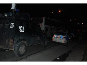 Gaziosmanpaşa'da Polise Silahlı Saldırı