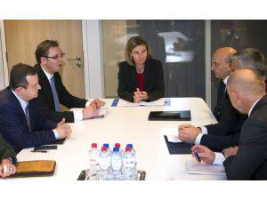 Sırbistan ve Kosova liderleri Brüksel'de görüştü