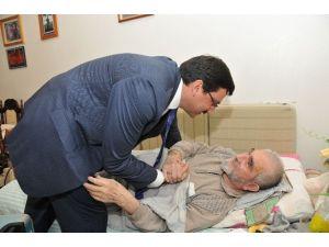 Keçiören Belediyesi'nden Yaşlı Ve Yatalak Vatandaşlara Büyük Hizmet