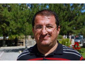 Gazeteci Sedat Özalp Kalbine Yenildi