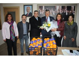 CHP portakal üreticisi için alana iniyor