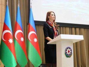 Paşayeva, Türkmenleri Gündeme Getirdi