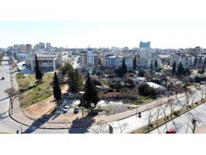 Muratpaşa'ya Yakışmayan Görüntüler Temizleniyor