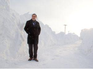 Başkan Olan: Toplamda 7 metre kar alan Bitlis'te olağanüstü durum yaşıyoruz