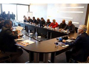 Prof.dr. Demir, AÜ Rektör Adaylığını Açıkladı
