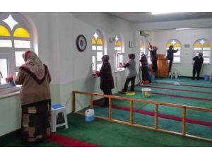 Camilerden Sonra Kur'an Kursları Da Temizleniyor
