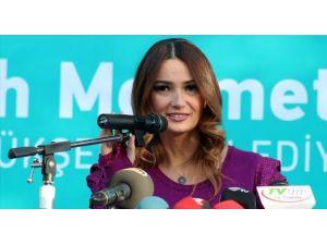 AKPM Üyesi Paşayeva'dan İslam Karşıtlığı Uyarısı