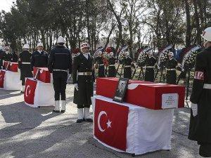 Sur şehitleri için Diyarbakır'da tören düzenlendi