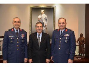 Kuvvet Komutanları Başkan Ataç'ı Ziyaret Etti