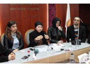 AK Kadınlar'dan Sevgi İzi Projesine Destek