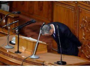 Yolsuzluk iddiaları üzerine Japonya Maliye Bakanı istifa etti