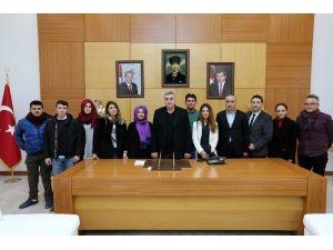 Karasu'ya Gençlik Merkezi Geliyor