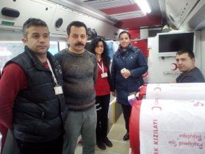 Saltukova Belediyesi Ve Kızılaydan Kan Bağışı Kampanyası