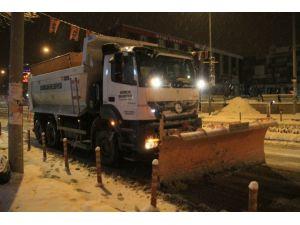 Erzincan Belediyesi Karla Mücadeleye Devam Ediyor