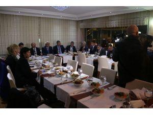 Başkan Karaçanta İstanbul'da Basınla Buluştu