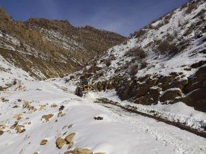 Sınırın Sıfır Noktasında Karla Mücadele