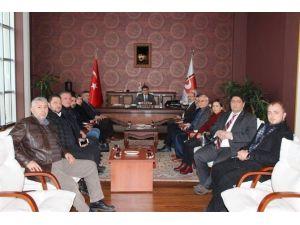 """AK Parti Teşkilatından Rektör Taş'a """"Hayırlı Olsun"""" Ziyareti"""