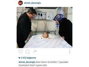 Başbakan Davutoğlu, 7 Yaşındaki Said Tan'ı Hastanede Ziyaret Etti