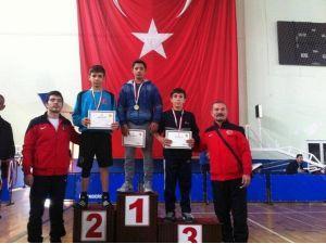 Battalgazi Belediye Spor Güreş Takımından Büyük Başarı
