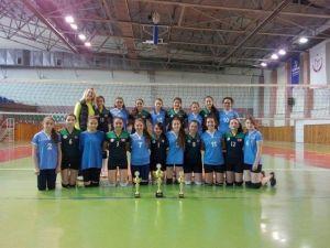 Nevşehir'de Küçük Kızlar Voleybol Kulüp Maçları Tamamlandı