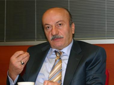 Bekaroğlu CHP'ye üye oldu!