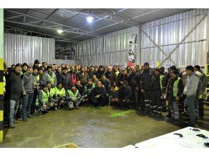 Meclis Üyelerinden Temizlik İşçilerine Ziyaret
