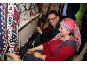 Antalyalı Vekiller Emııt Fuarını Ziyaret Etti