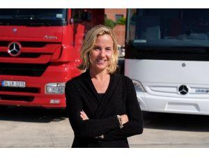 Mercedes-benz Türk Tarihinin En Yüksek Satış Hacmini Gerçekleştirdi