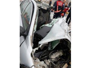 Sakarya'da Trafik Kazası: 1 Ölü, 2 Yaralı