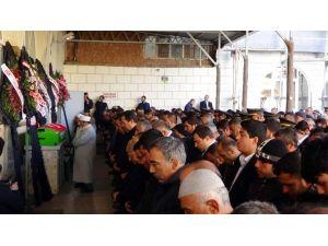 IŞİD'in Roketli Saldırısında Ölen Öğrencinin Cenazesi Toprağa Verildi