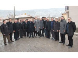 AK Partili Yöneticiler Her Hafta Farklı Bir Köyü Ziyaret Ediyor