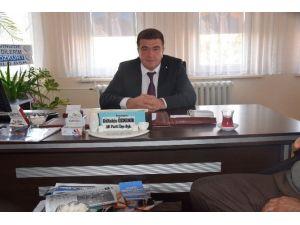 AK Parti Şuhut İlçe Başkanı Gültekin Özdemir Partisiyle İlgili Eleştirilere Cevap Vererek: