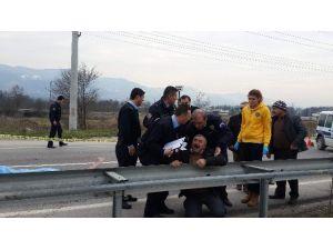 """Kazada Oğlunu Kaybeden Babanın Acı Feryadı: """"Ben Sana Motor Alma Demedim Mi Oğlum"""""""