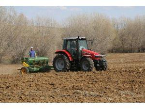 Çiftçiye Mazot Gübre Ve Sertifikalı Tohum Desteği Ödeme Listeleri Askıya Çıkarıldı