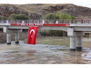 Sivas İl Özel İdaresi Kırsal Altyapıya 42 Milyon Lira Harcadı