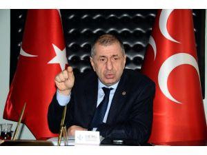 'IŞİD'in ülkemizi arka bahçesi olarak kullanmasına izin veren AKP hükümetidir'