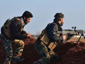 Suriye'de muhalifler rejim güçlerinin yardım yollarını kesti