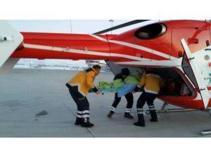 70 Yaşındaki Kadın Hava Ambulansıyla Kurtarıldı