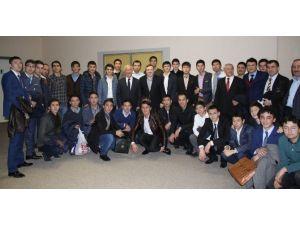 Kazak Öğrencilerden İhlas'a Teşekkür
