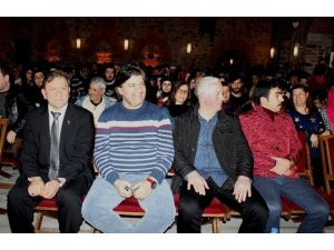Ahmet Şafak Genç Yazarlarla Buluştu