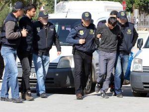 Antalya'daki Patlamalarla İlgili 2 Kişi Tutuklandı