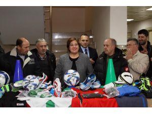 Konak'tan amatör takımlara destek