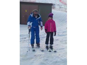 Topuk Yaylası'nda kayak keyfi