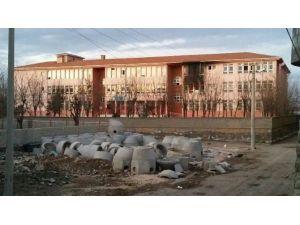Teröristler Şırnak'ta 3 Okul Yaktı
