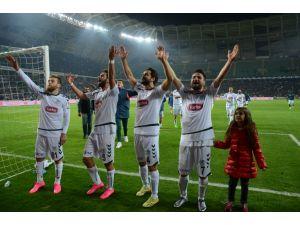 Antalyaspor'u tek golle geçen Torku Konyaspor çeyrek finalde